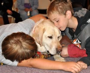 kids+dog